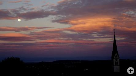 Bild des Monats Mai - Nachthimmel über Ebringen - fotografiert von Prof. Dr. Heinrich Vahrenkamp